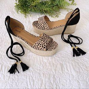 QUPID Calf Hair Pattern Platform Sandals